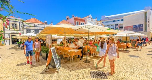Bồ Đào Nha nỗ lực vực dậy ngành du lịch